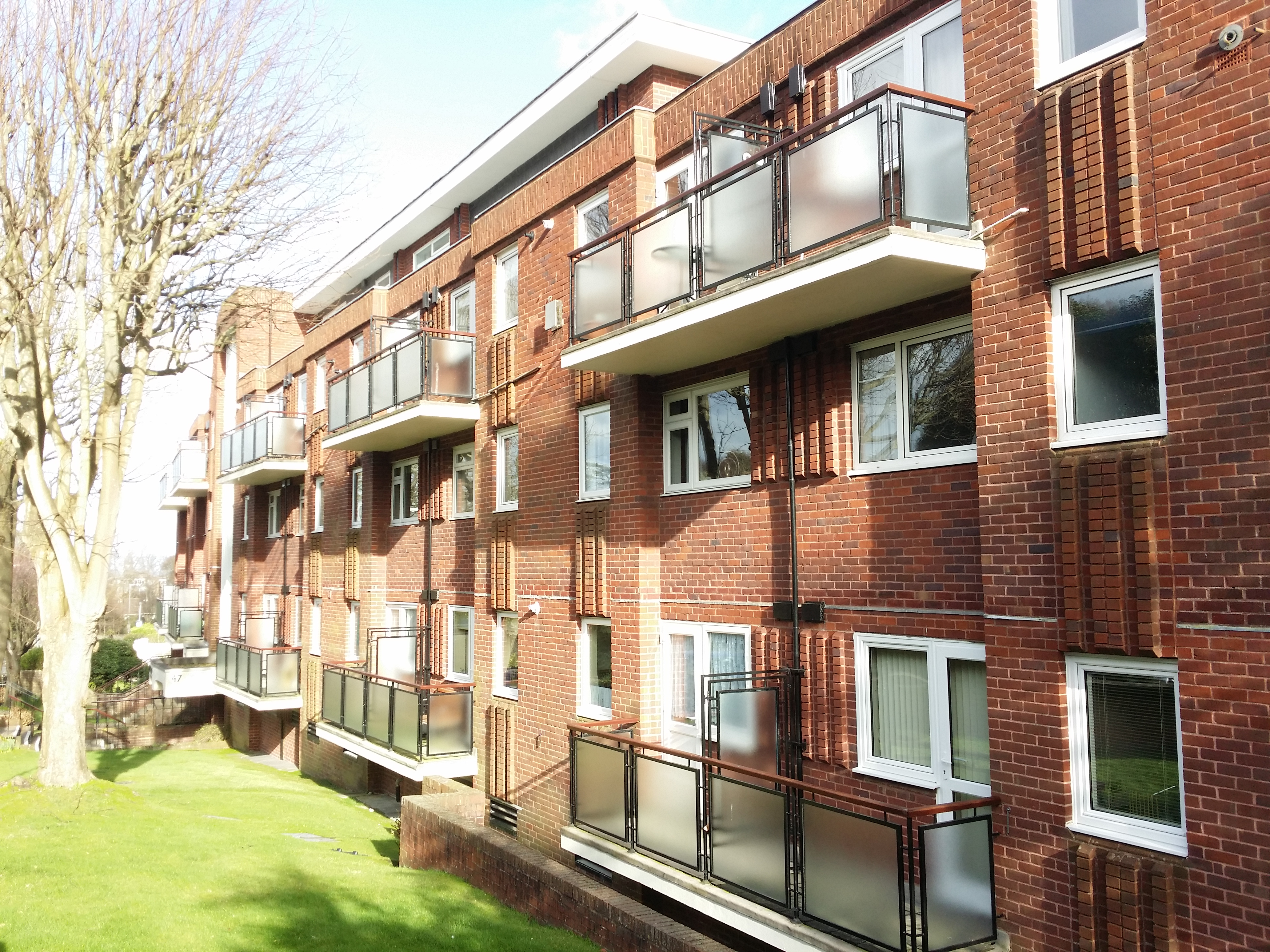 2 Bed Duplex Apartment Meads Road Eastbourne Bn20
